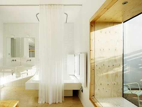hotel-aire-bathroom