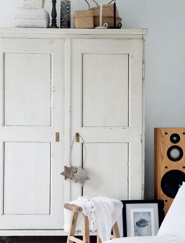 lina kay appartement armoire