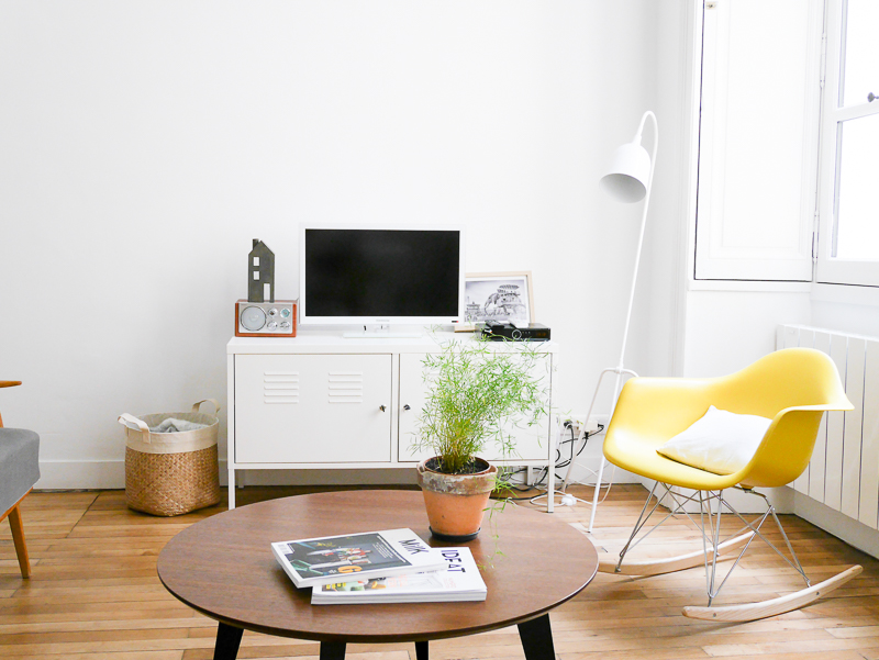 un joli appartement nantes little pommeraye. Black Bedroom Furniture Sets. Home Design Ideas
