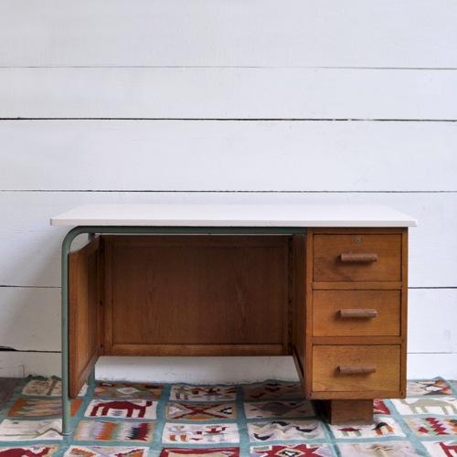 5 adresses pour chiner en ligne lili in wonderland. Black Bedroom Furniture Sets. Home Design Ideas