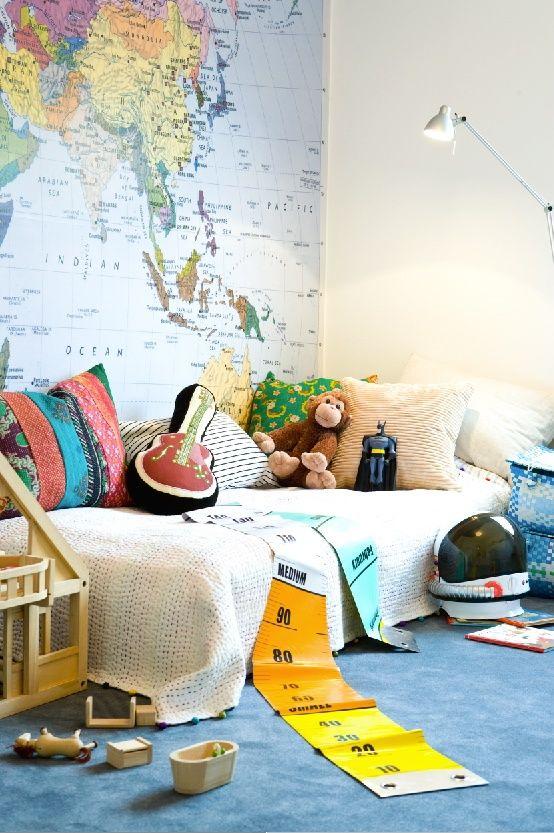 mapmonde-kid-room-voyage-deco