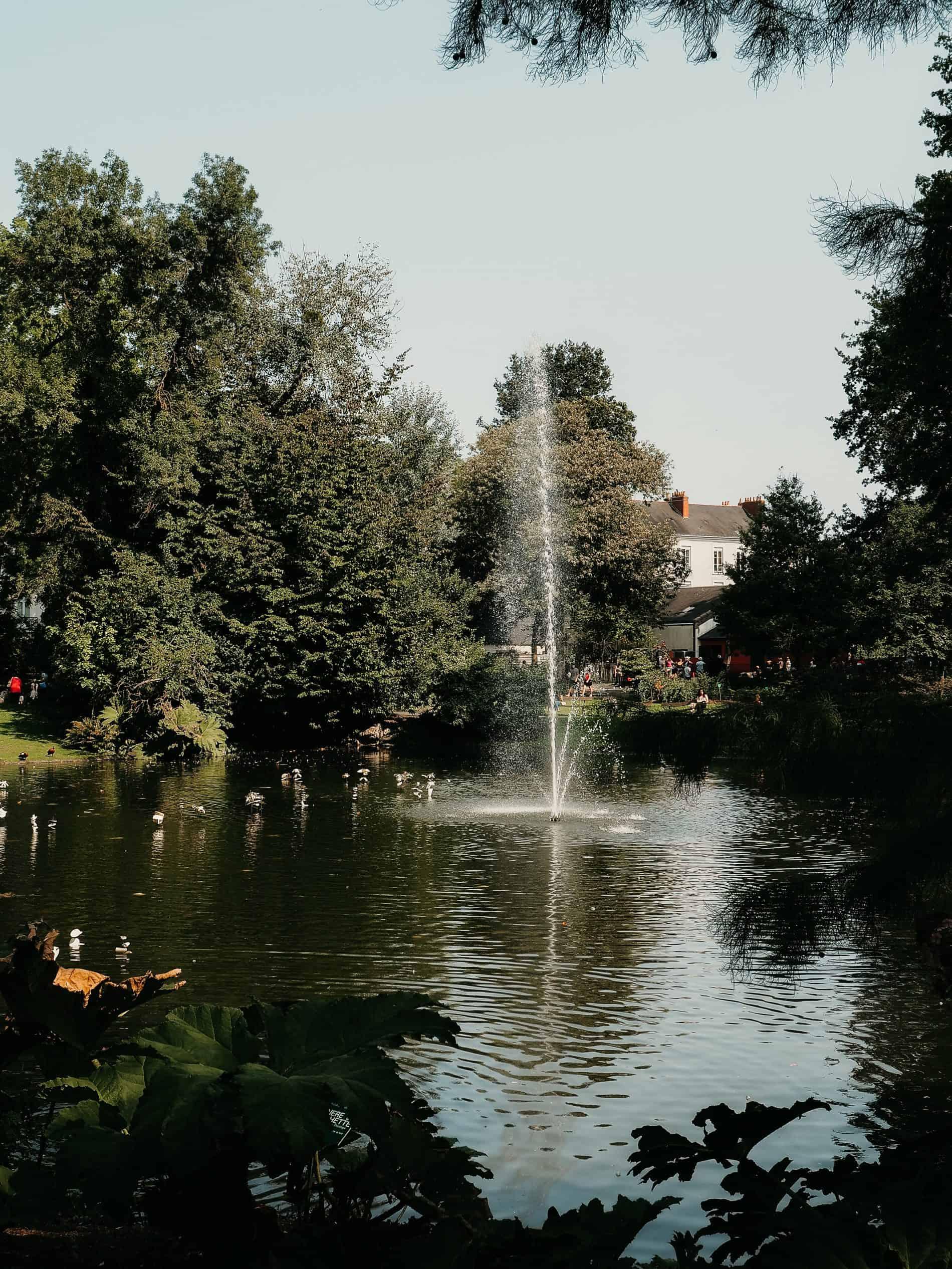 week-end à Nantes cityguide voyage France Le Jardin des Plantes fontaine