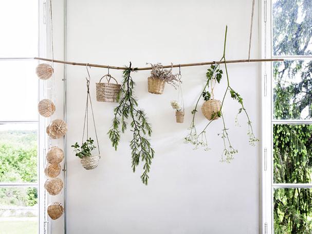 visite au chateau de dirac lili in wonderland. Black Bedroom Furniture Sets. Home Design Ideas