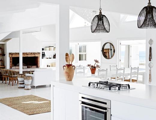 cuisine-salon-maison-plage-moderne-vacances-liliinwonderland