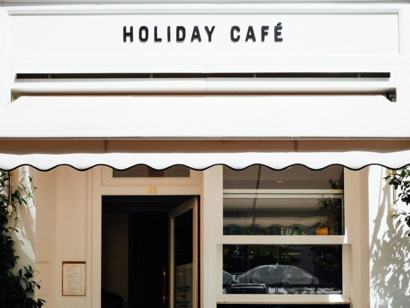 Holiday Café Paris
