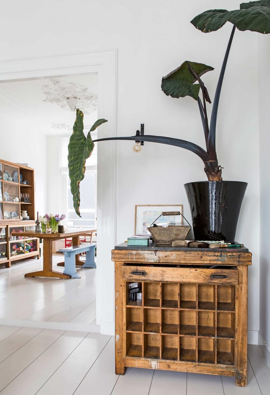 meuble-vintage-entree-maison-deco-amsterdam-lili-in-wonderland