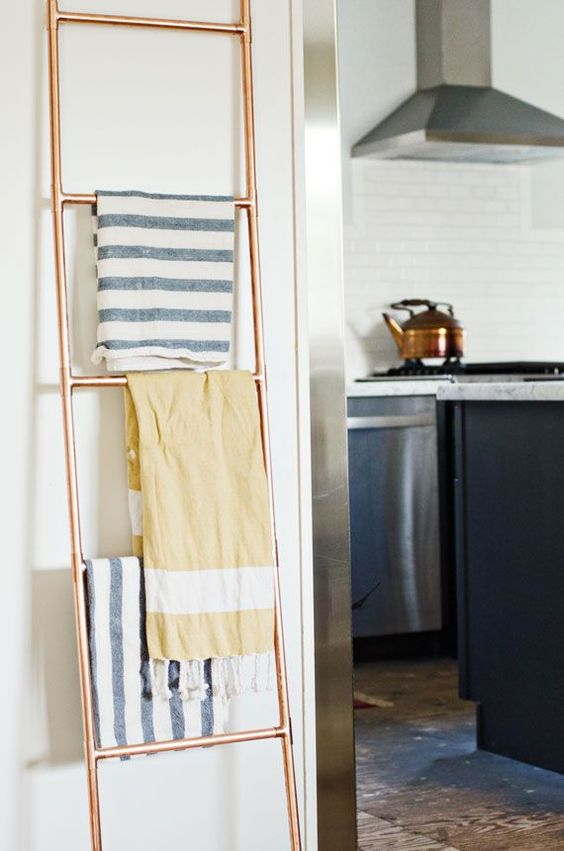 Diy Towel Rack Bathroom Rustic