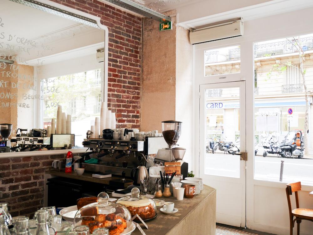 passager-cafe-paris-lili-in-wonderland-2