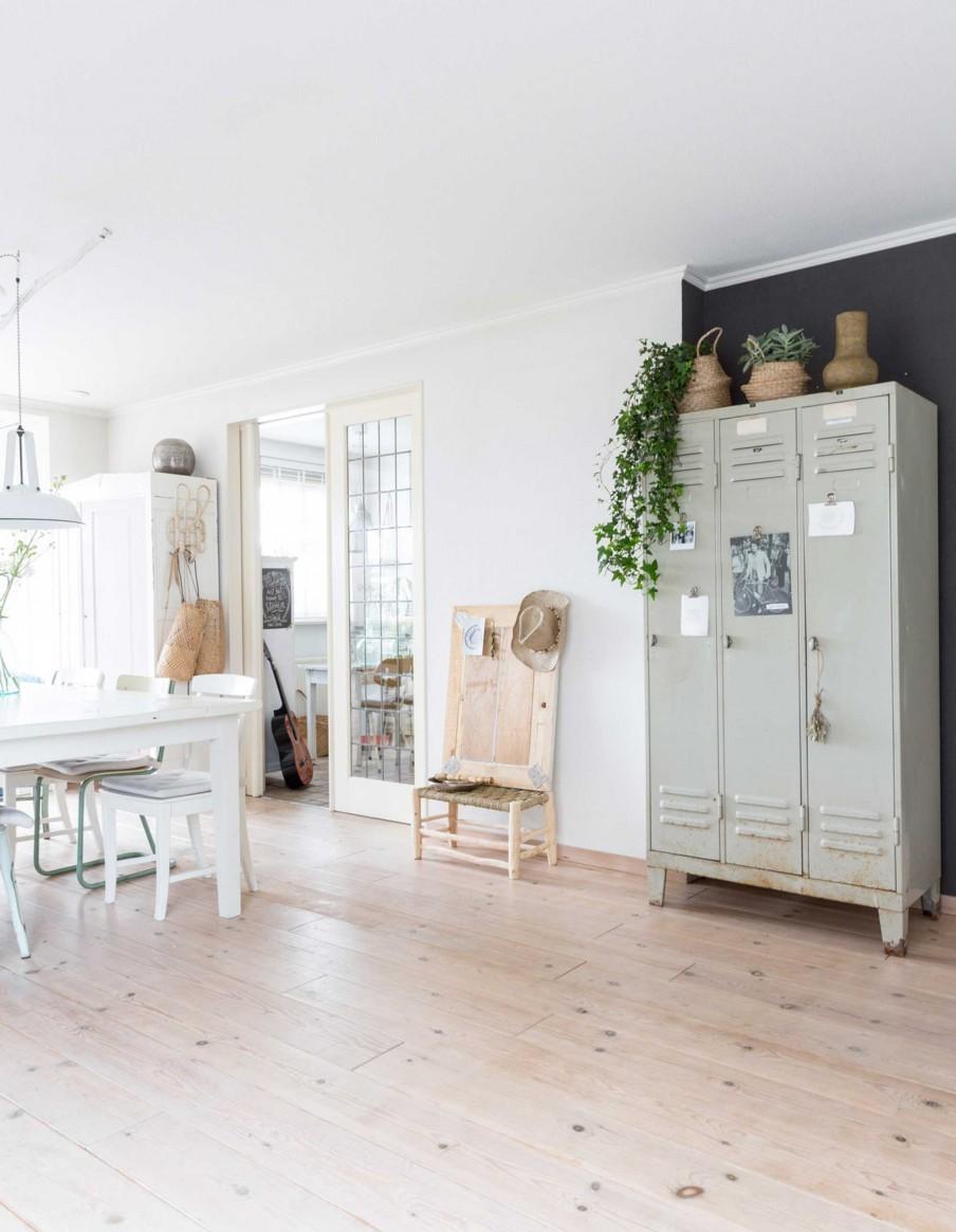 armoire-casiers-vintage-maison-champetre-blanc-naturel-liliinwonderland