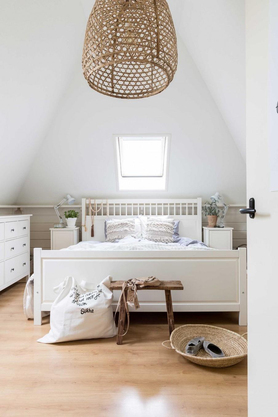 chambre-maison-champetre-blanc-naturel-liliinwonderland