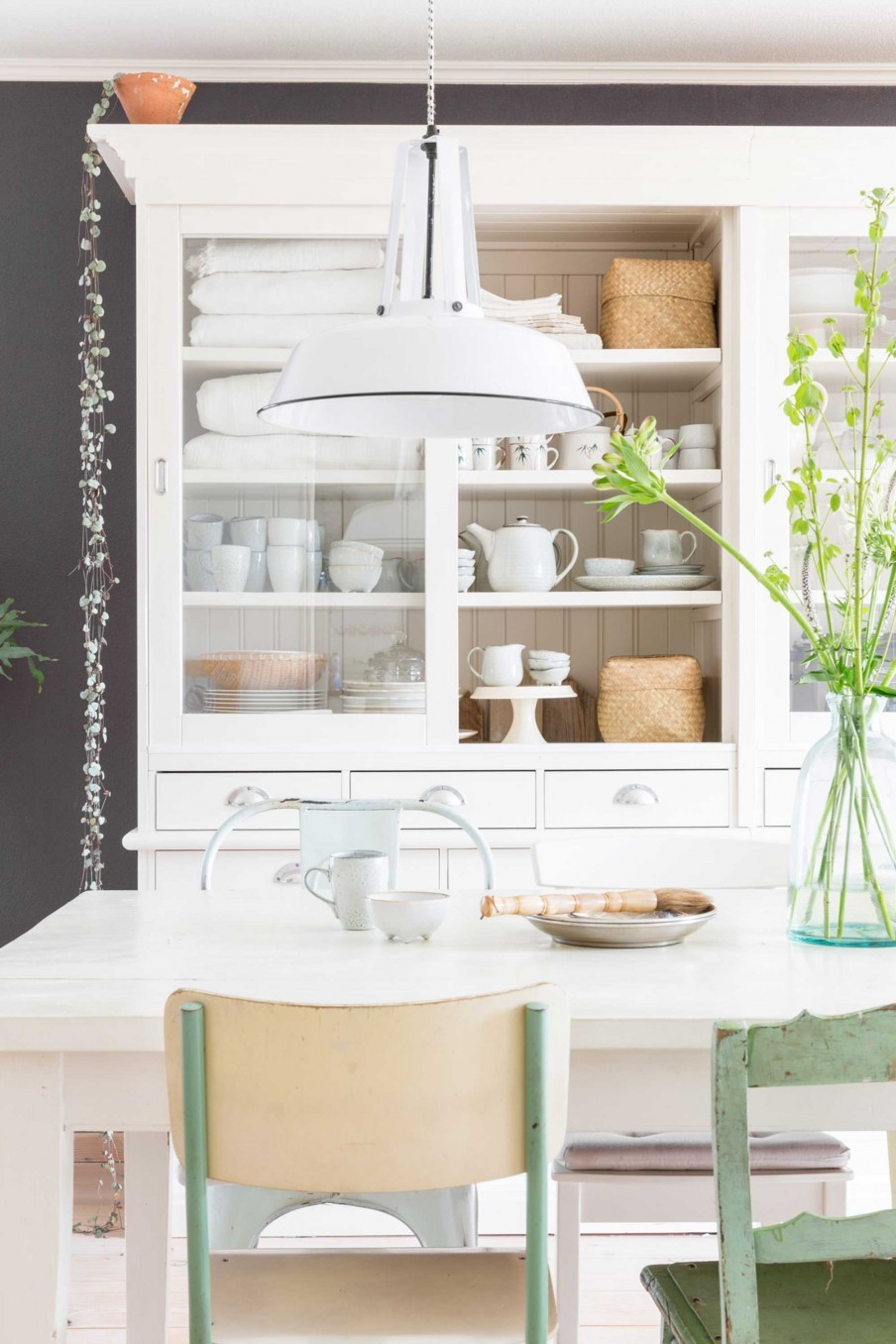salle-a-manger-maison-champetre-blanc-naturel-liliinwonderland