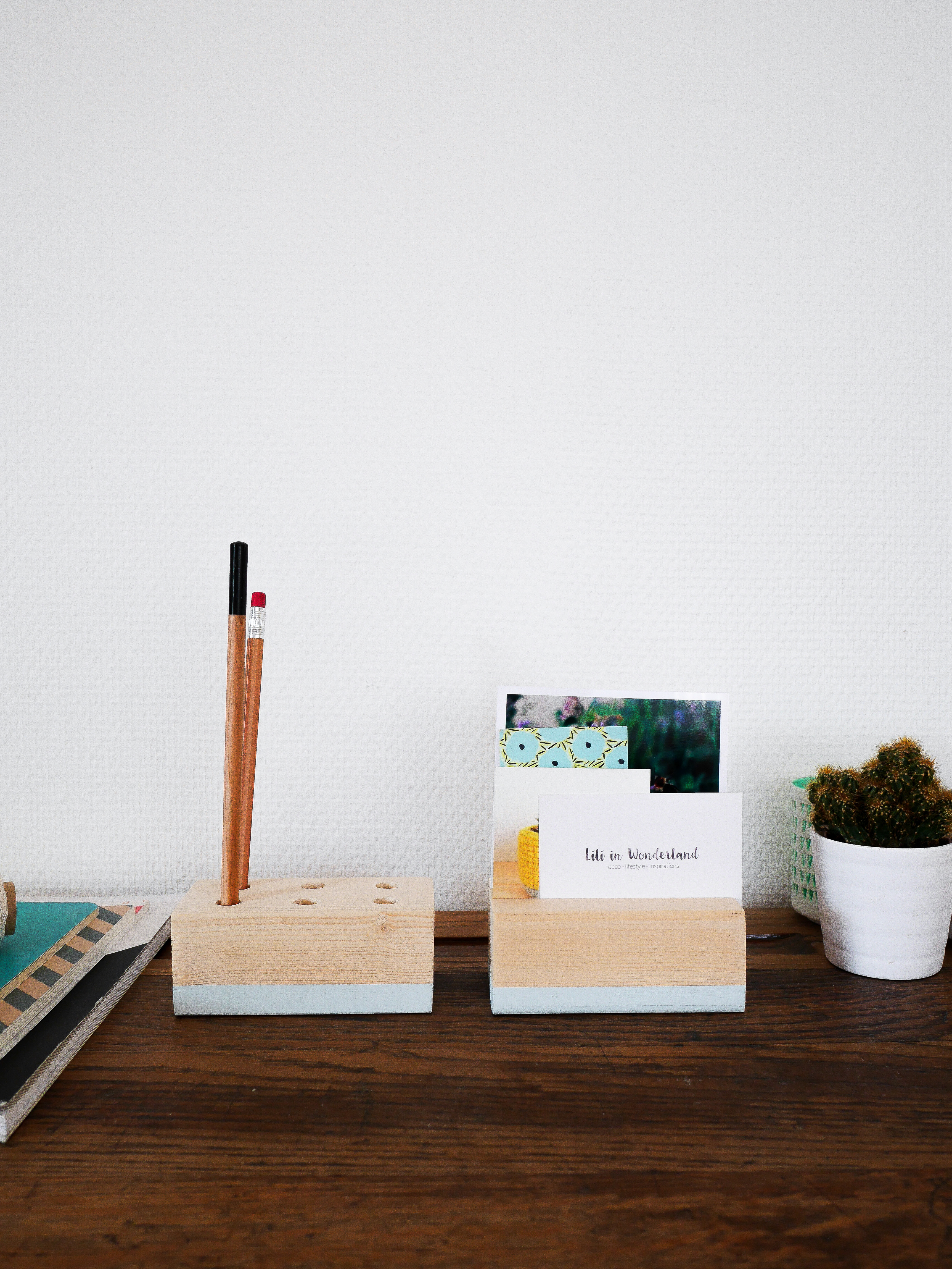 Je Reviens Aujourdhui Pour Un Petit DIY Le Bureau Il Sagit Ici De Realiser Porte Crayon Et Carte Son Espace Travail