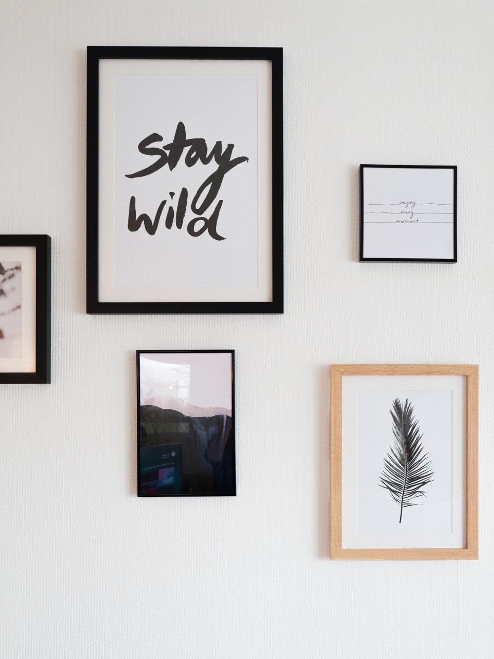 Accrocher Tableau Mur Beton Sans Percer diy un mur de cadres sans percer - lili in wonderland