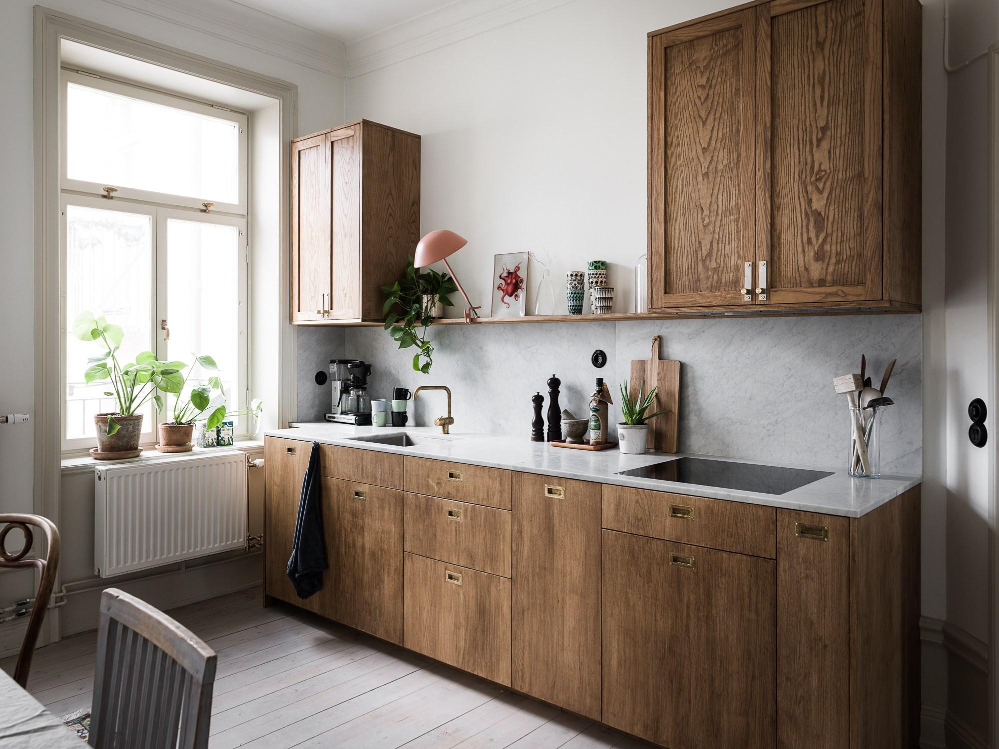 Une cuisine en marbre et bois - Lili in wonderland