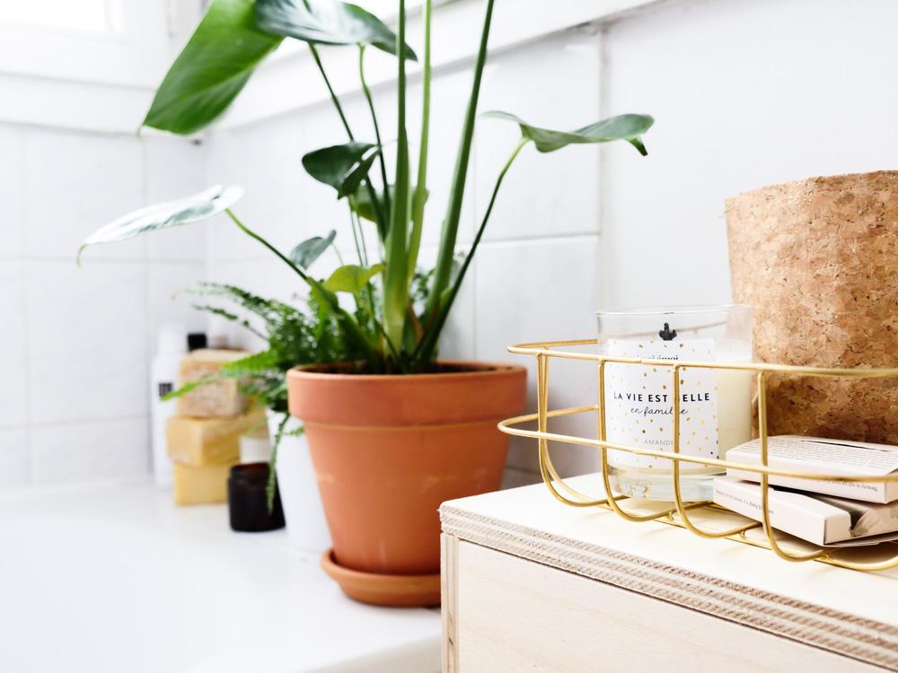 La salle de bain avant apr s lili in wonderland for Abat jour salle de bain