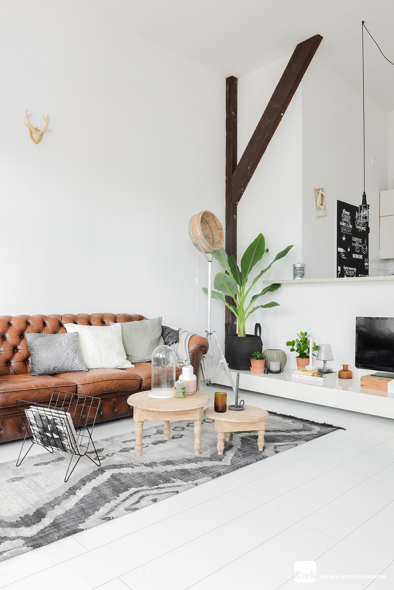 une salon chaleureux et lumineux lili in wonderland. Black Bedroom Furniture Sets. Home Design Ideas