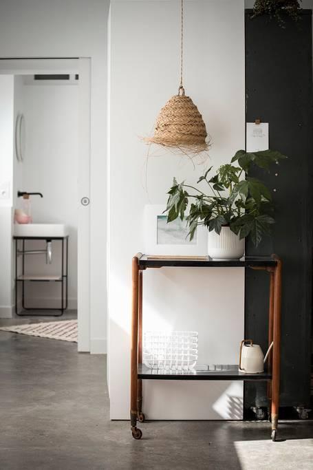 console Airbnb à Biarritz renové et décoré avec soin sur le blog déco lifestyle et voyage Lili in Wonderland