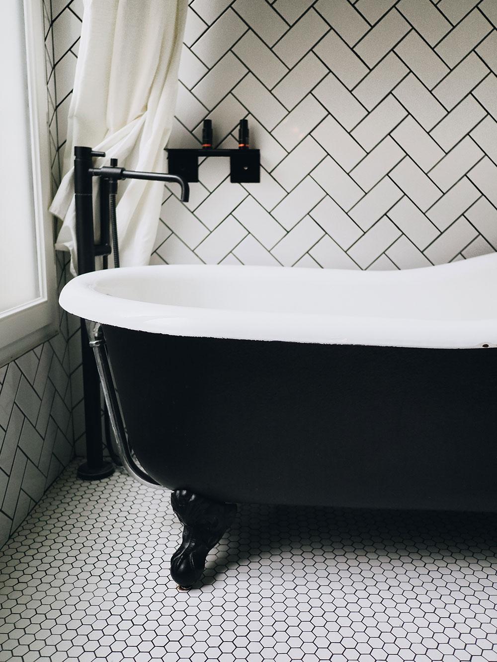 baignoire COQ hôtel Paris