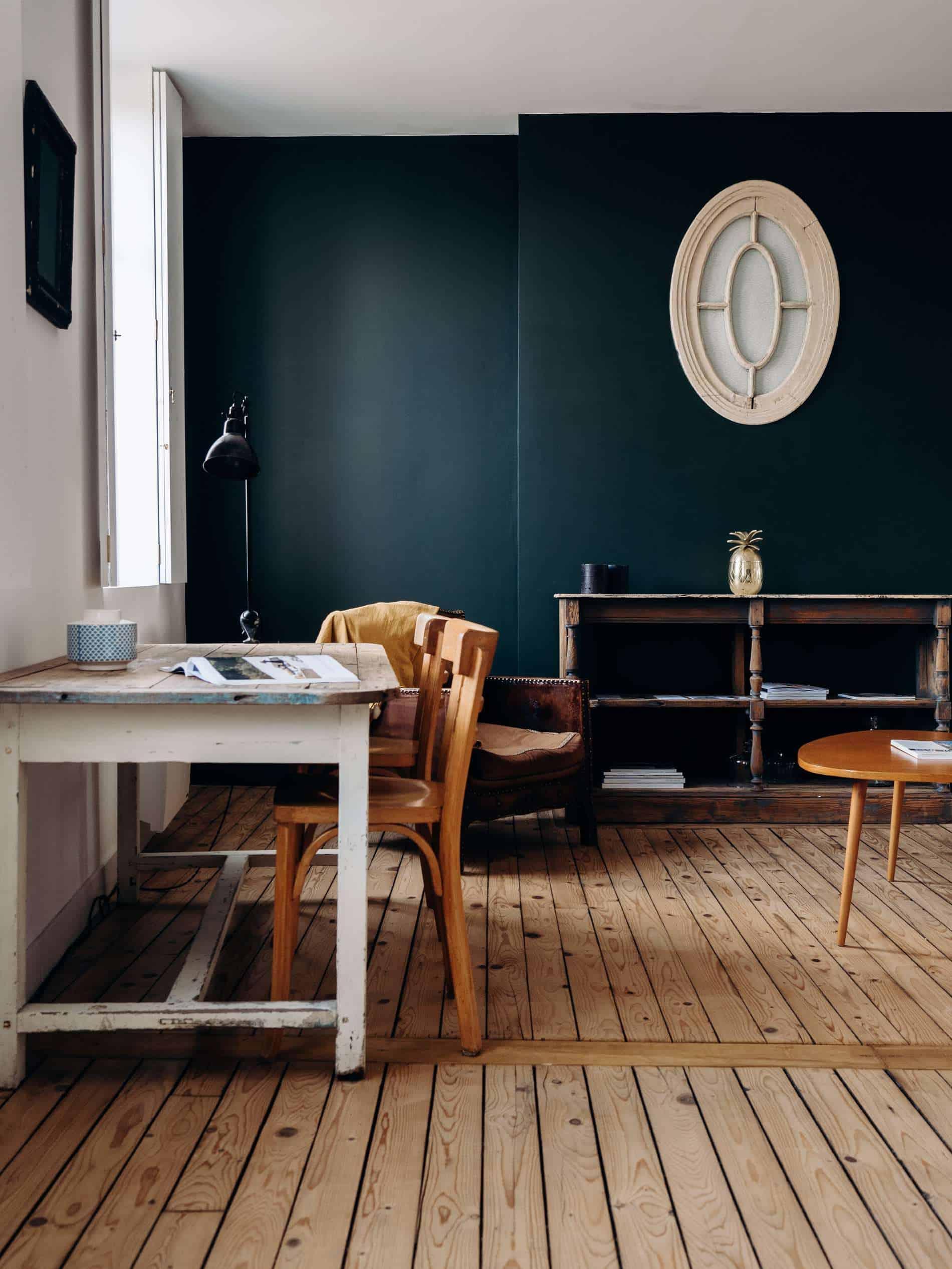 Les Pénates Reims appartement guesthouse vintage salon