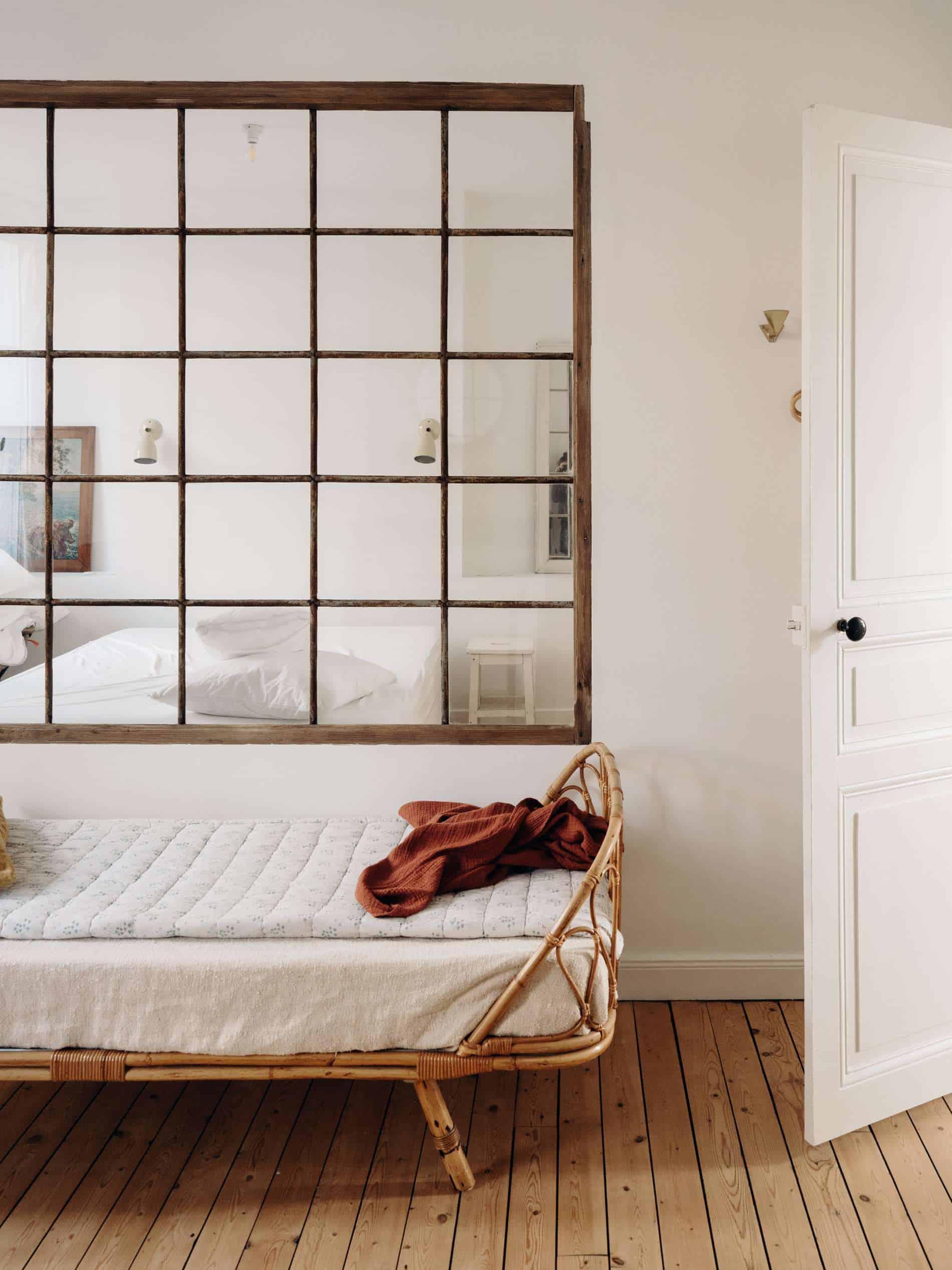 Les Pénates Reims appartement guesthouse vintage verrière